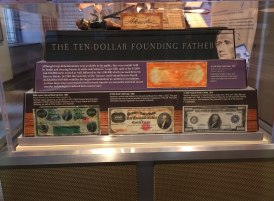 Federal-Reserve-Bank-of-Chicago---money-museum-4