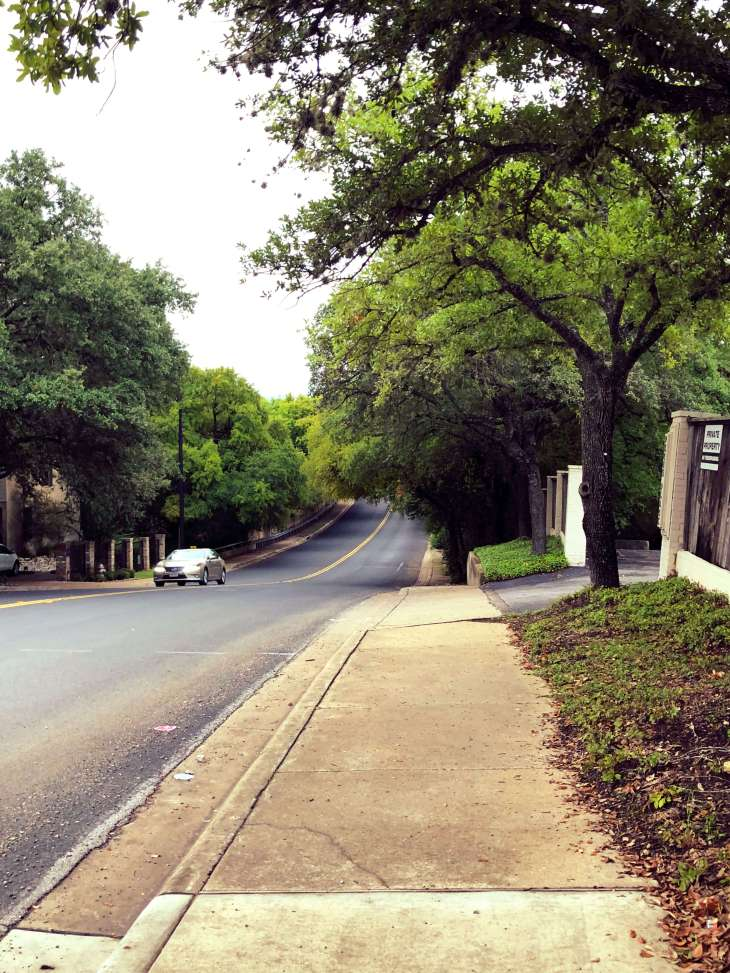 The road to Mount Bonnel in Austin, Texas