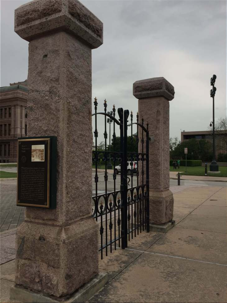 North pedastrian gateway - State Capitol of Texas in Austin