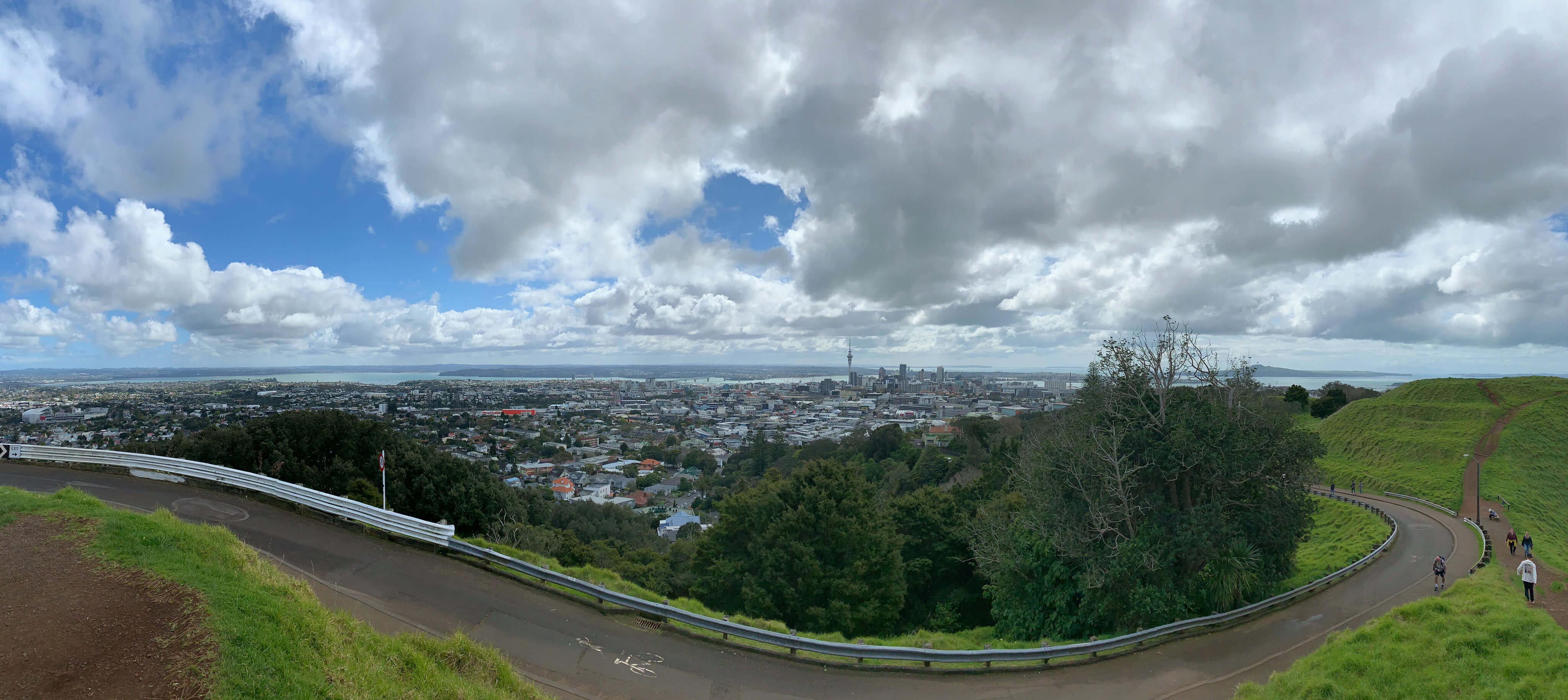 Panoramic view from Mount Eden, Auckland